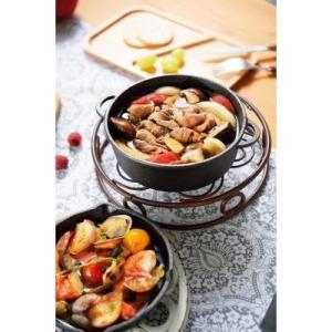 【両手で便利なスキレット1個入り】 冷めにくい 鋳鉄素材 料理 美味しい 深型 煮込み料理 パエリア レシピ付き 食卓 テーブル 盛り付け|sunfield-silica