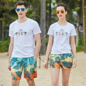 8b9a8a803af カップル水着 ペア ペアルック 花柄 ショットパンツ Tシャツ 体型カバー 4点セット水着 レディース バンドゥ ビキニ メンズ サーフパンツ