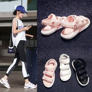 人気定番のスポーツサンダルにウェッジソールをMIX! 美脚効果と歩きやすさをプラスし、履くだけ簡単オ...