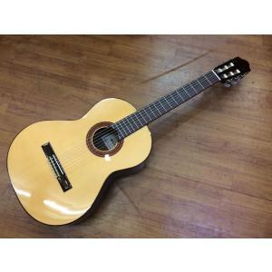 お手頃なスペイン製ギター♪