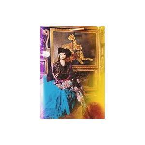 中古生写真(男性) 和合真一/全身・衣装黒・紫・帽子・座り・足組み/映画「遮那王 お江戸のキャンディ...