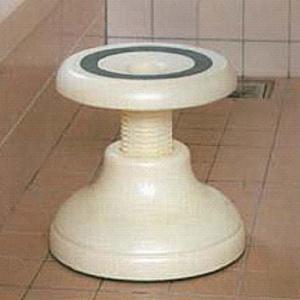 浴室用回転便利椅子 K1415 オフホワイト|sutekihiroba