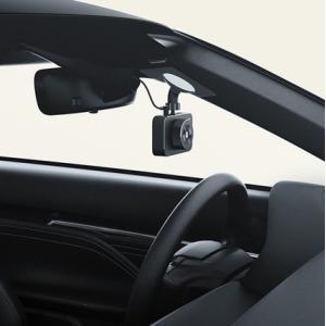 商品名:Xiaomi 車 フルHD ドライブレコーダー 録画をスマホに保存 揺れを検知し自動電源on...