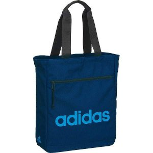 ●シンプルなデザインにアディダスのロゴが映えるトートバッグです。毎日の通学・部活やプライベートなど、...