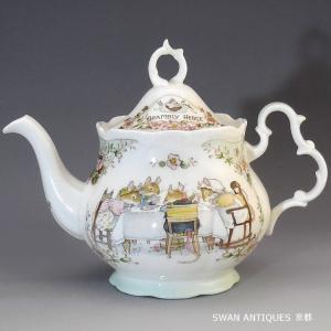 送料無料 ロイヤルドルトン Royal Doulton ブランブリーヘッジ ティーポット 廃版品|swan-antiques