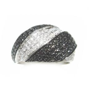 【予約】【マイクロセッティング】滑らかなコントラスト計1.00ctダイヤ&ブラックダイヤリング|sweet-p