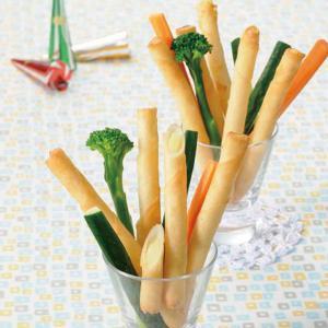 冷凍食品 業務用 チーズスティック巻18g×20本    お弁当 一品 揚物 おやつ チーズ スティック|syokusai-netcom