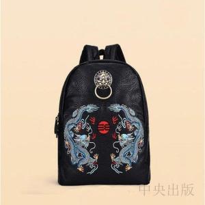バックパック  個性的 リュック ブラック 派手 個性的 龍刺繍 獅子頭飾り01|syu