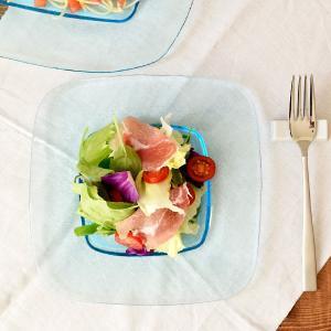 ガラスプレート 21.5cm スクエアリム ブルー ガラス食器お皿 中皿 角皿 リムプレート デザー...