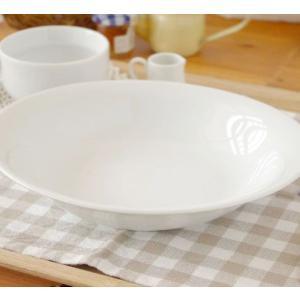 丸皿 洋食器 ホワイトパスタ皿 オーバルベーカー 9inc 白い食器 カレー皿 楕円鉢 ボウル シンプル 白 かわいい おしゃれ おうちごはん 日本製|t-east