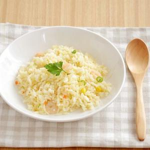 ナチュラルなオフホワイトの中皿は、深さがあってパスタ皿やカレー皿・サラダ皿にピッタリです。他にもピラ...