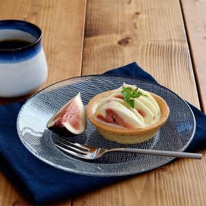 ガラス製のプレートは、サラダなどの前菜皿としてや、カットケーキやゼリー・プリンなどのデザート、焼き菓...