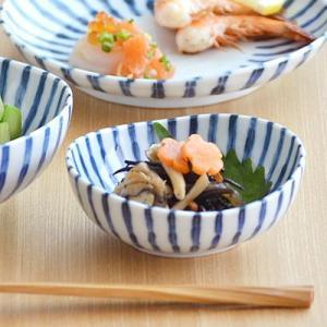 小鉢 和食器 染付け ダミ十草 3.5寸鉢  煮物鉢 取り鉢...