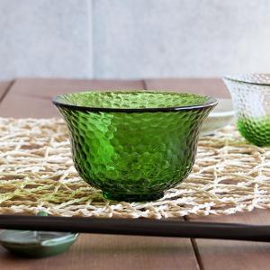 商品説明 細かな水玉模様が光に当たってキラキラと美しい、ガラス製の小鉢。 こちらはグリーンカラー。食...