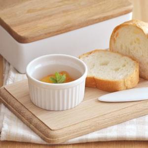 スフレカップ ホワイト 7cm ココット カップ 白い食器 食器 洋食器 おしゃれ かわいい カフェ食器 カフェ ケーキカップ ディップ 小鉢 小付|t-east