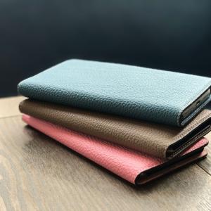 ボナベンチュラは素材と製法にこだわり抜いた究極のレザーiPhoneケースです。 素材は某有名ブランド...