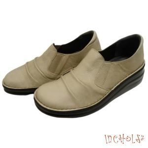 【インコルジェ 8303 グレージュ】くしゅっとかわいい脱ぎ履きらくらくシューズ|tabikutsuya