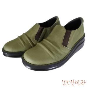 【インコルジェ 8303 カーキ】くしゅっとかわいい脱ぎ履きらくらくシューズ|tabikutsuya