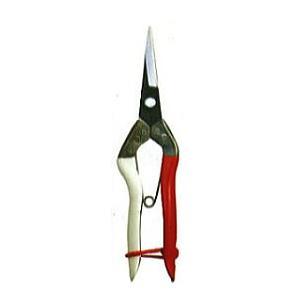 紅白のハンドは名門 岡恒、永く使うほどその真価を発揮します。 全長190mm 重量110g 刃長45...