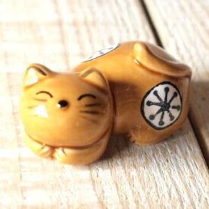 マネキ猫箸置き3点セット 黄瀬戸 ネコ 雑貨 食器【レターパックプラス可】C|takano-coffee