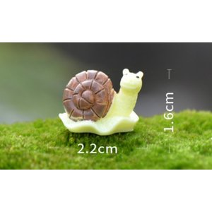 3色カタツムリ 約2.2*1.6cm〔テラリウム...の商品画像