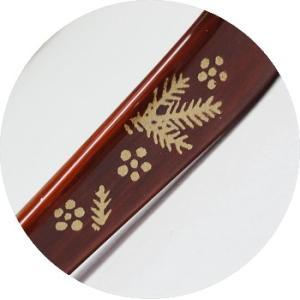 竹の塗り茶杓(箱入り)  柄:松竹梅 takenomise 05