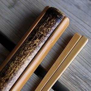 【名入れなし】マイ箸、携帯箸に虎竹ランチボックス(長角)にジャストサイズ 黒竹箸箱と竹箸セット|taketora