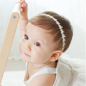 新生児で使用可能な、柔らかなヘアバンドに ヘアアクセサリー ドレス パールレース ヘアバンド 赤ちゃん ヘアバンド ベビー 髪飾り 新生児髪飾り 撮影小物 takishohin