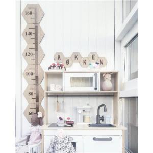 ベビー キッズ 壁掛け 木質デザインの身長計 グロースチャート 背の高さ ベビーフォト 成長記録 北欧風 インテリア 壁飾り キッズルーム 【ネコポス不可】 takishohin