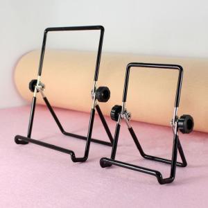 スマホスタンド タブレット用スタンドで、 やや重量はあるものの安定感は抜群のスタンド 角度の調整自由...
