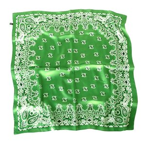 上品シルク調スカーフ 70角正方形大判レディース スカーフ 贈り物 ギフト人気な花柄 春夏秋冬、年中に使える スカーフ|takouya