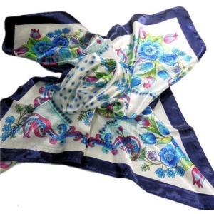 華麗な上品シルク調スカーフ 90角正方形大判レディース スカーフ 贈り物 ギフト人気な花柄 春夏秋冬、年中に使える スカーフ(C1〜5)|takouya