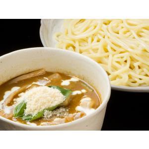 宅麺でしか食べられない行列店の「まかないの一杯」!野菜の旨みが特徴である家庭のカレーとは全く異なり、...