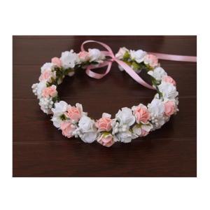 フリーサイズ(子供〜大人)  女の子の憧れ、かわいいお花の冠風ヘアアクセサリーです。 リボンをフンワ...