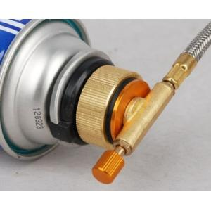 野外で使用のガス機器(バーナー、コンロ、ランタン等)を通常のカセットボンベで使用出来る変換器具です。...