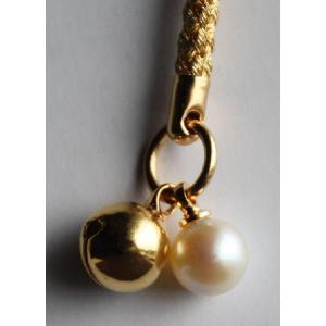 携帯ストラップ月の雫 金の根付 伊勢志摩産 アコヤ真珠付き