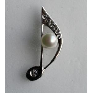 8分音符 タック ブローチ 伊勢志摩産 アコヤ真珠付き キラキラ 銀色  tamatyan