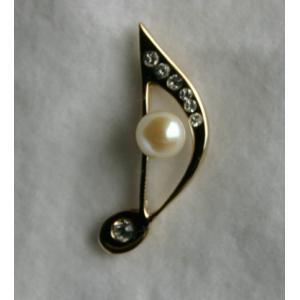 8分音符 タック ブローチ 伊勢志摩産 アコヤ真珠付き キラキラ 金色 tamatyan