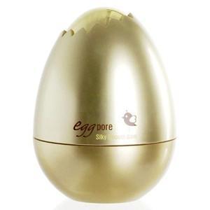 ゆで卵のようにつややかでハリのあるお肌に仕上げる下地バーム(プライマー)。小鼻のまわりなどザラつきが...