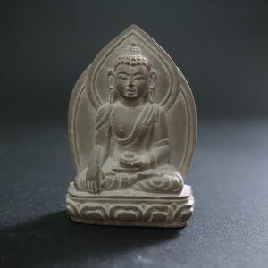 【極小仏像】釈迦如来 石製 4.5cm【送料無料】|taradou