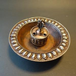 お香(線香)立て 香炉 三鈷杵入り 一点物【ネパール工芸品】|taradou