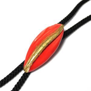 伊万里焼有田焼で知られる陶芸磁器ループタイ。紅赤釉金彩貫入。|tatikawa