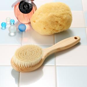 天然素材のボディブラシ (日本製) 豚毛・ヒノキ・長さ:24cm ショートタイプ |tennen-sponge