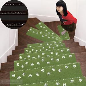 階段マット おしゃれ 階段 滑り止め 滑り止めマット 防音 カーペット ラグマット 洗える 滑り防止...
