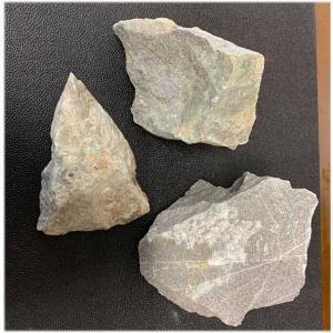 天照石 原石 2.75kg NO.51  テラヘルツ鉱石 遠赤外線 育成光線 九州産パワーストーン|tenshouseki38