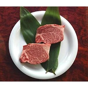 三重の名店 「伊勢松阪肉  」 特選黒毛和牛 ヒレステーキ(140g×2枚) 等級A4 ギフト包装熨...