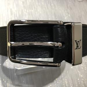 ルイヴィトン / LOUIS VUITTON : サンチュール・ポンヌフ メンズ・ベルト 黒 レザー LV シルバー金具 M6065V 小物 ベルト 中古|thegoldshopping