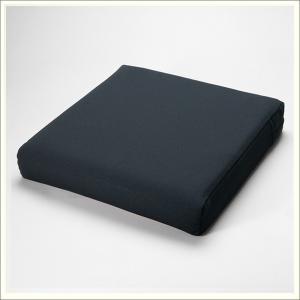 車椅子用クッション セラピークッション(厚7cmタイプ) 国産の最高品質ウレタンを高密度に使用した低反発クッション 縫製まで全て日本製 送料無料|therapy-shop