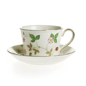 ウェッジウッド ワイルドストロベリー ティーコーヒー兼用カップ&ソーサー(パステルピンク)|therichcojp