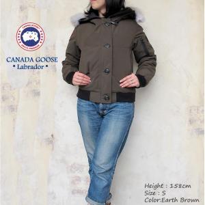 人気ショートJKTモデル「チリワック・ジャケット」の後継モデル。本国バージョンより日本人女性に合うよ...